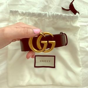 Gucci Logo Leather Belt, Sz 80/32